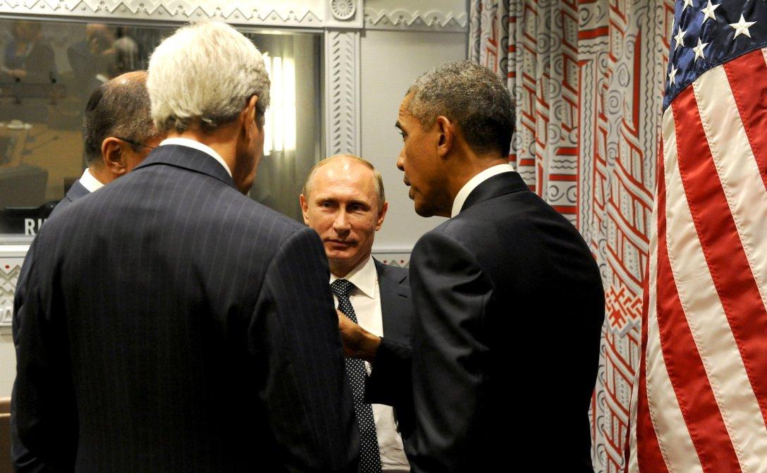 Vladimir_Putin_and_Barack_Obama_(2015-09-29)_05